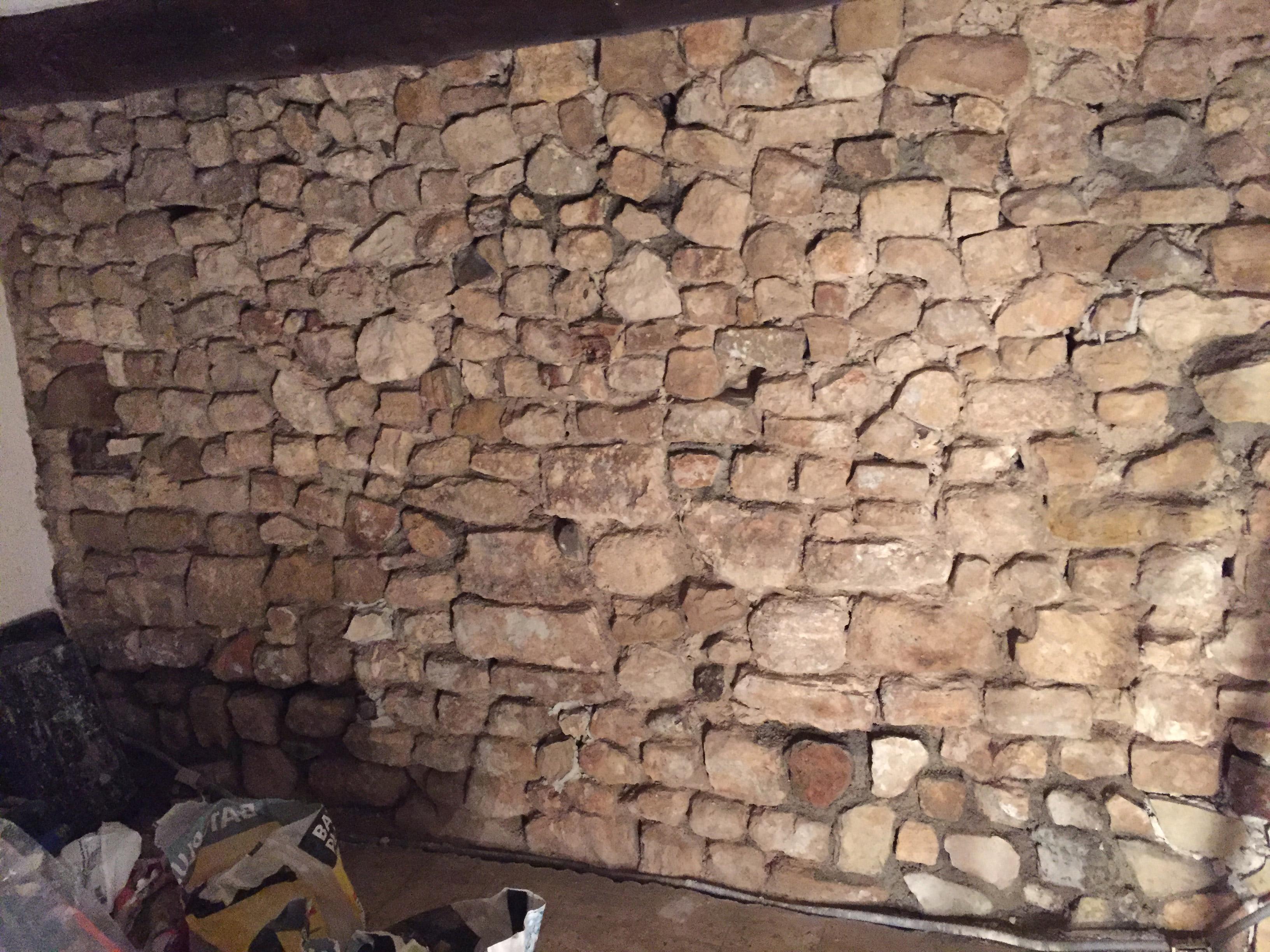 joints mur en pierre